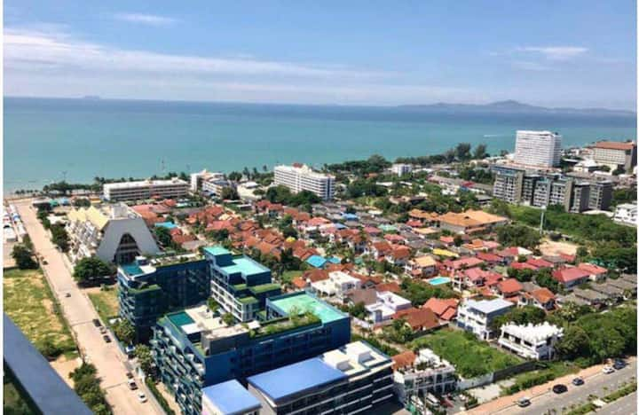 Brand new sea view apt @6min walk to beach
