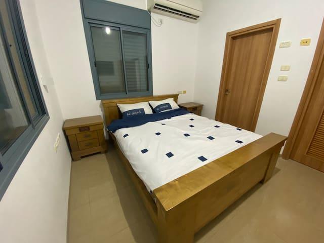 חדר הורים מיטה זוגית 160/200
