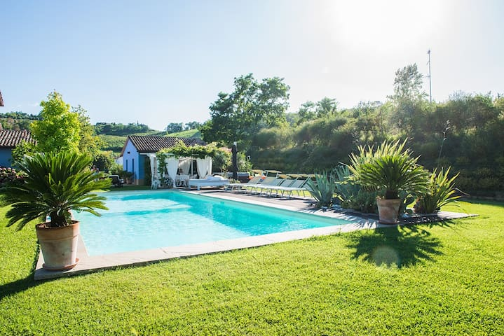 Fabulous Villa few miles from the Riviera Coast - Cesena - Villa