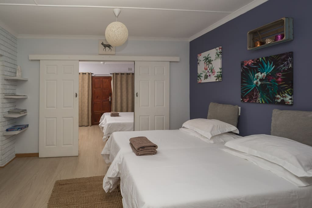 Chalet 2nd Bedroom - Twin Beds