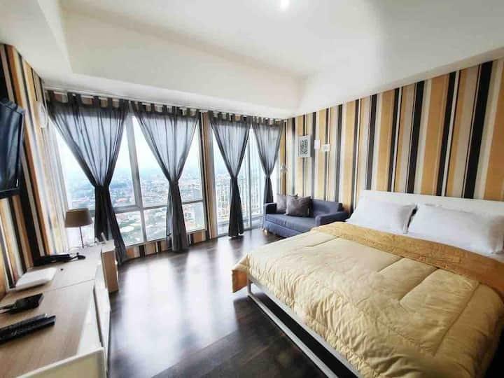 Coxy Apartment next Bintaro Plaza & Train Station