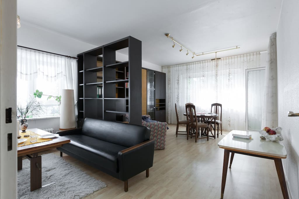 coming home for a shelter flats for rent in berlin berlin germany. Black Bedroom Furniture Sets. Home Design Ideas