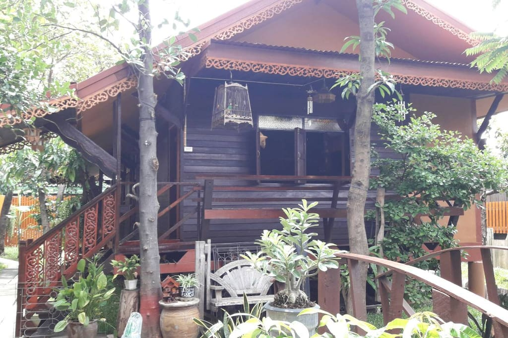 Cozy Wooden Thai Style House
