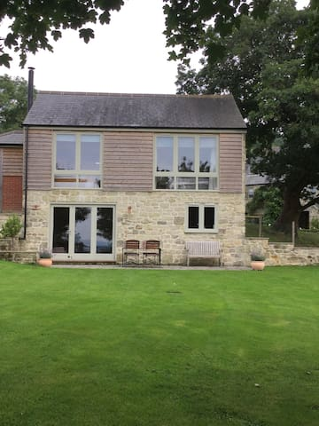 Private, with incredible views - Shaftesbury - House
