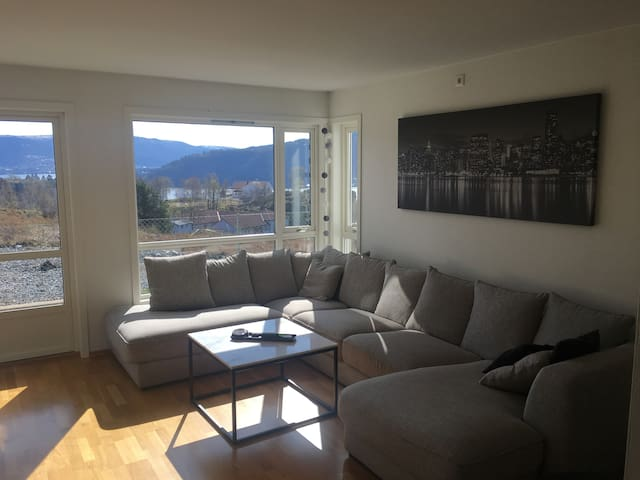 2 bedroom apartment just outside Bergen.