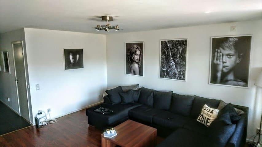 Big apartment with townhouse feelin - Lidingö - Apartment