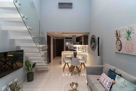 Modern duplex with spectacular view-good location