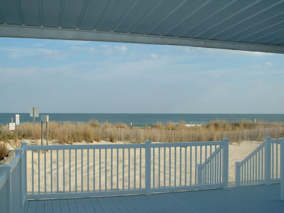 Main Level Ocean Front Deck