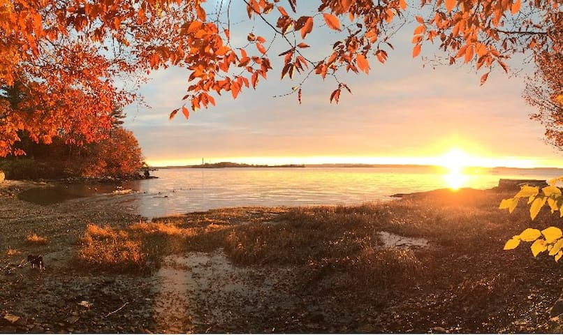 Ocean Front Maine Home with Sunrises