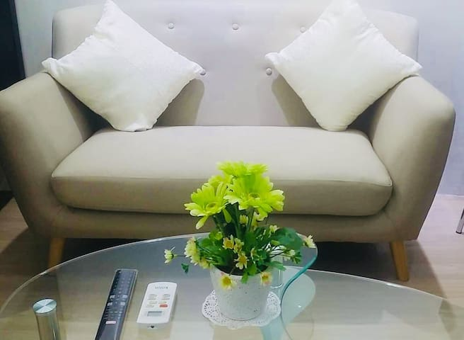 Condo, fully furnished, w/ WiFi @ Ortigas Center