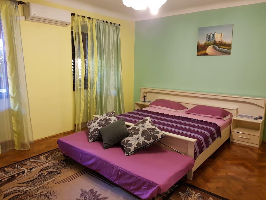 a room 2+1