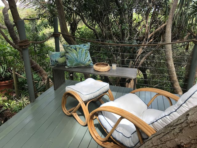 Your own private retreat with direct access to beach