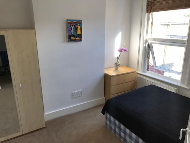 A brand new, clean and comfortable room for 1 or 2