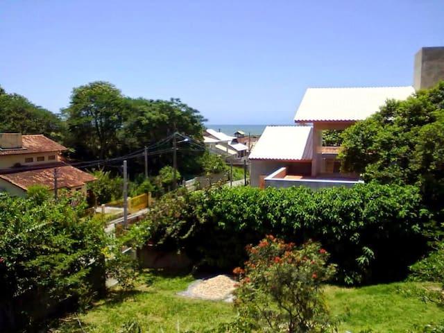 Casa aconchegante no Campeche com vista para o mar - Florianópolis - House