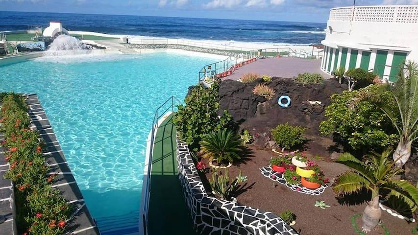 Apartamento primera línea de mar.