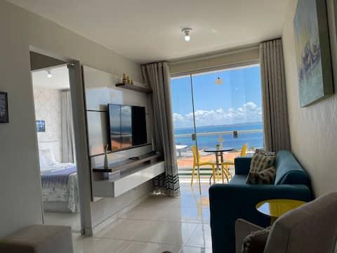 Apartamento 2/4 confortável, linda vista mar.