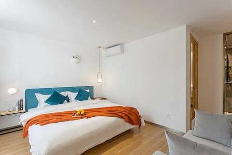 🏅️2米+1.5米两居室套房。网红打卡民宿。近厦门大学/曾厝垵/环岛路/中山路/鼓浪屿。