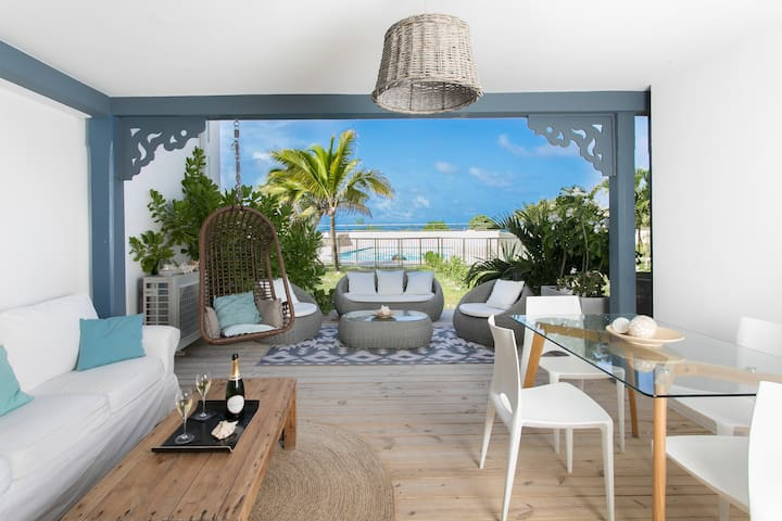 Côté Chic, gorgeous beach house - 1 bedroom