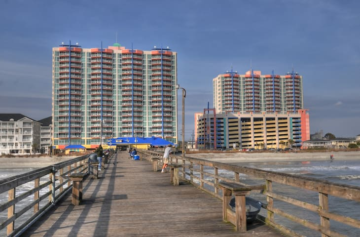 2 Bedroom Oceanfront Condo!! - North Myrtle Beach - Apartament