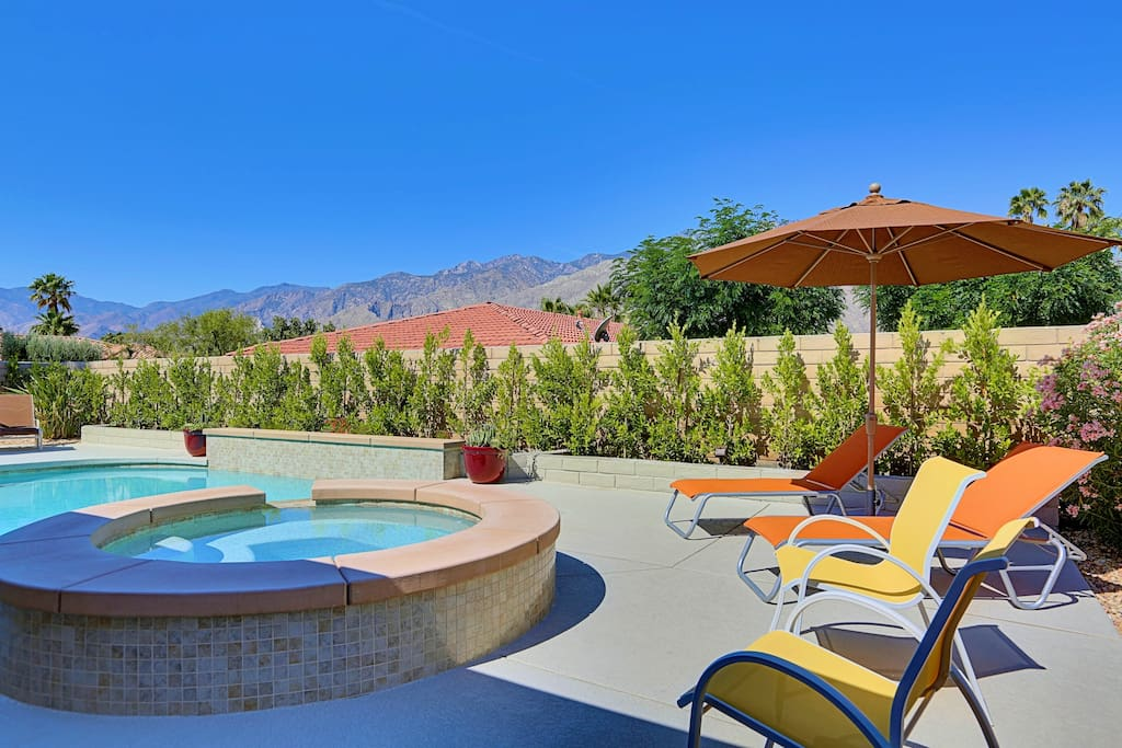 Outdoor living - Westerly views for great sunsets and all day sun in the pool.