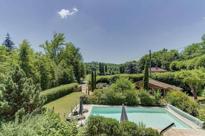 Le PONTOU, Sarlat 5 mn, Jacuzzi, jardin, Wifi