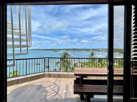 Apartamento con jacuzzi privado y vista al mar!