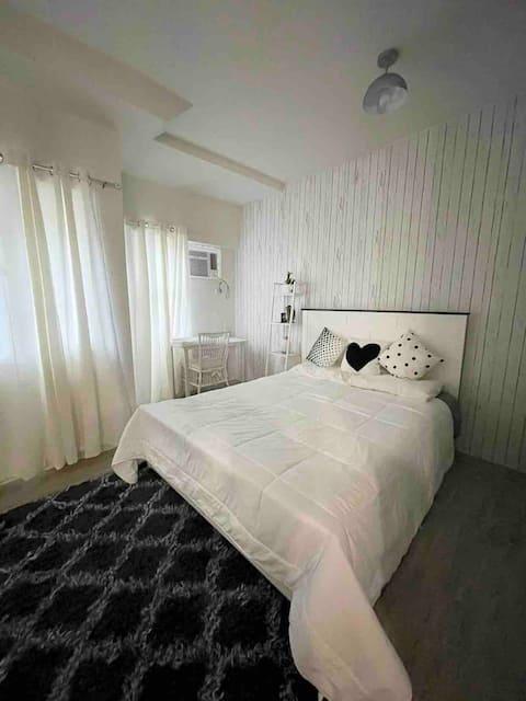 Keanna's Crib 1-Bedroom Amaia's Steps Alabang