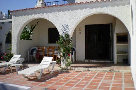Charming Linked Villa for Rent - Cuevas del Almanzora