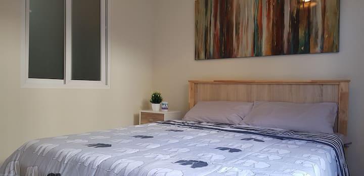 1BR Cozy condo unit in quiet BF Homes Las Pinas
