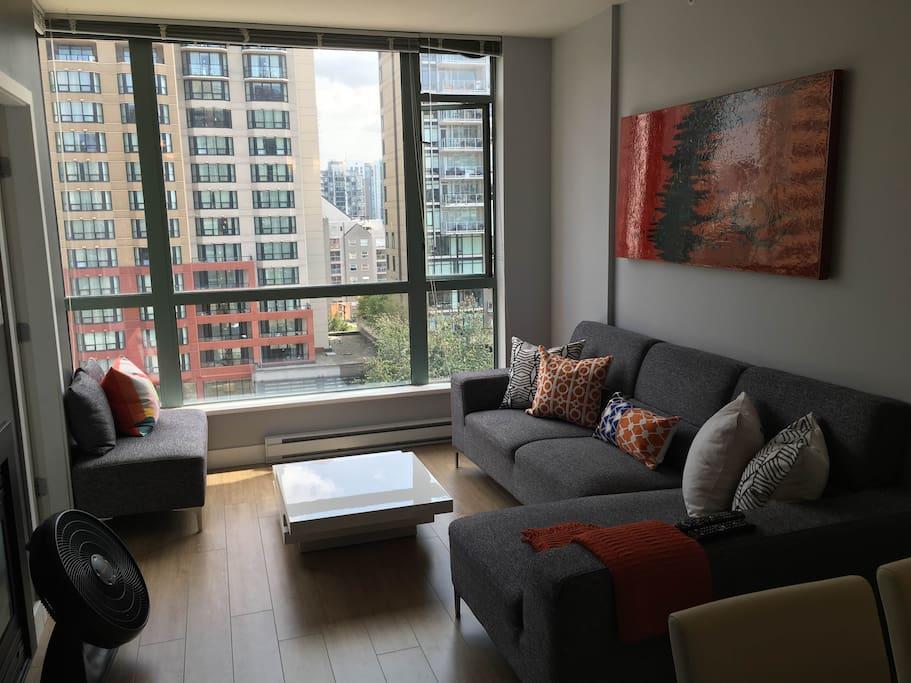 Trendy condo 2 blocks to the beach apartments for rent in vancouver briti - Matelas dunlopillo trendy room 24 ...