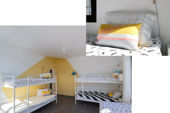 BED in FUNKY COMFY 6-bed FEMALE DORM – bed 5