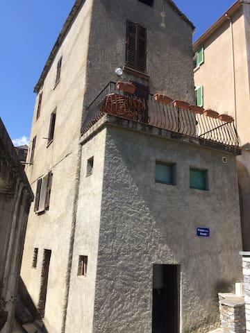 maison de village corse - Lucciana - Apartemen