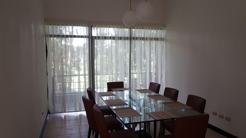 Apartamento acogedor, cómodo, moderno , silencioso
