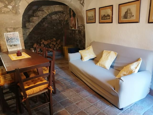 I Due Archi Casa storica Santu Lussurgiu centro