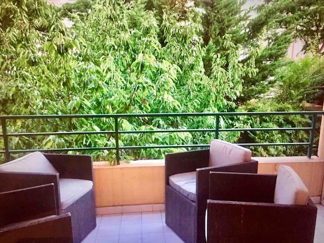 Agréable T3, calme, avec terrasse ensoleillée