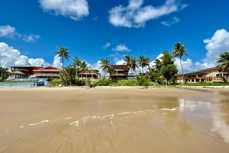 Liam's Guest House In Mayaro Beach House