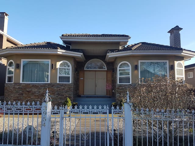 Burnaby Villa