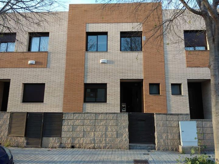 Bonita casa a unos minutos de Vilanova y la Geltru