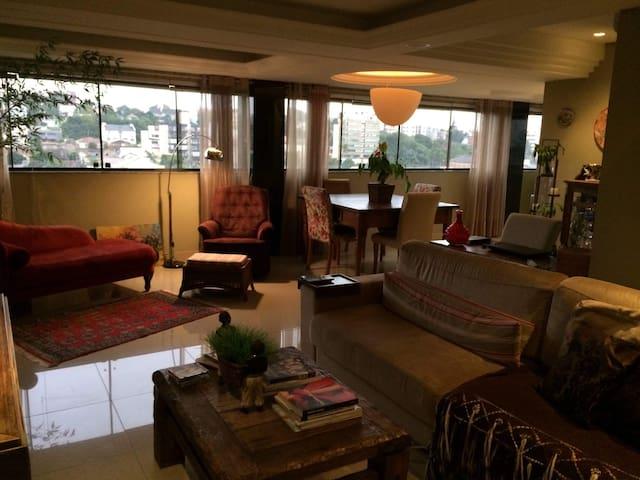 Ótima acomodação em charmoso apartamento