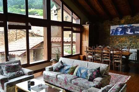 Casa rural con cocina y sauna - Paller del Pairot - Ansovell