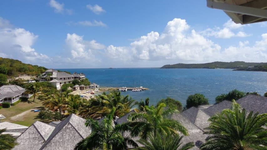 Nonsuch Bay Resort Beautiful 2 Bed Sea View Suite - FreeTown - Appartement
