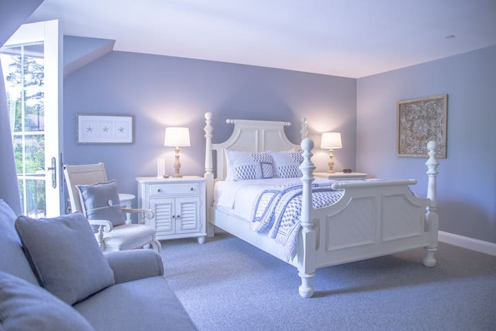 Sheepscot Harbour Village Resort - Inn Room 310