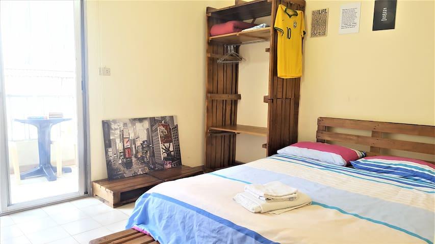 Cozy House - 2BR, Heart of Mar Mikhael