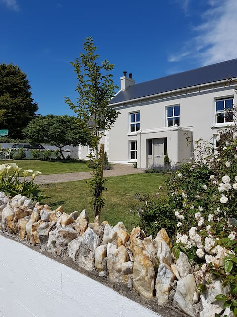 Scenic apartment in Saltmills Fethard on sea