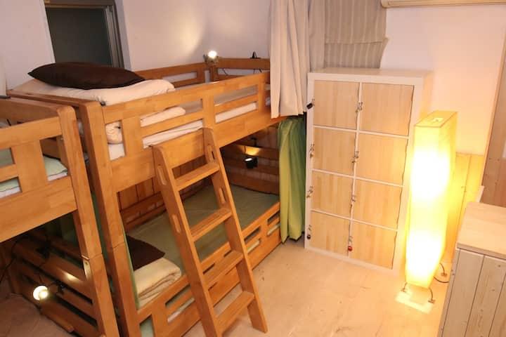 横浜中華街アジア的ゲストハウスBaboo Bed6
