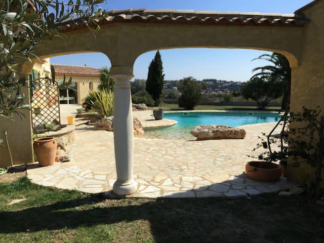 Belle villa moderne de charme - Magalas - Hus