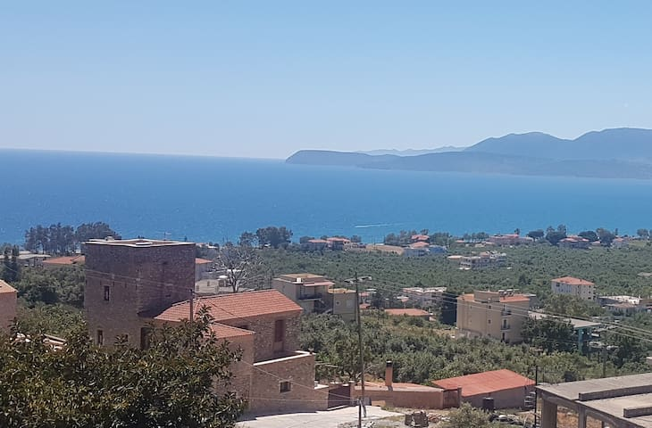 Mavrovouni Sea view apartment