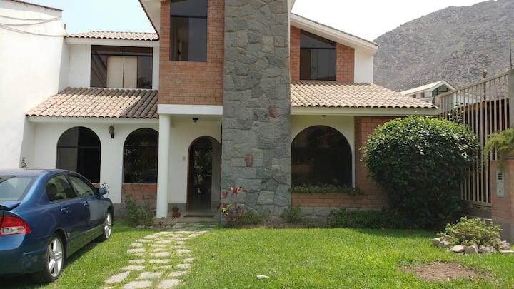 Casa de Campo. Sol todo el año cerca de  Lima