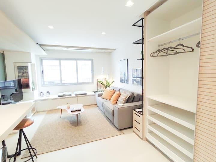 Stylish Saint Paul Apartment by BnbHost