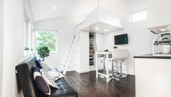 Modern studio house near Arlanda